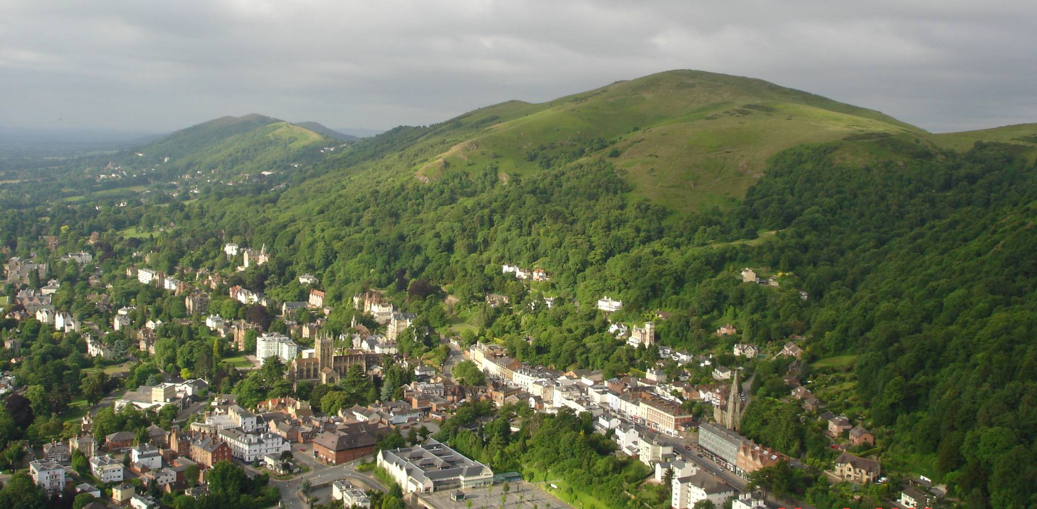 Walks in the Malvern Hills: A Pictorial Guide to the Malvern Hills series - Materialize is a freemium WordPress theme developed by myThem.es